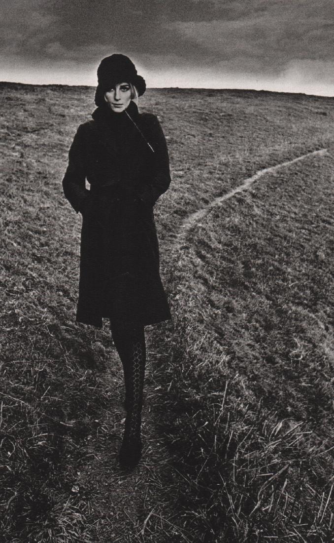 JEANLOUP SIEFF - Lady in Black