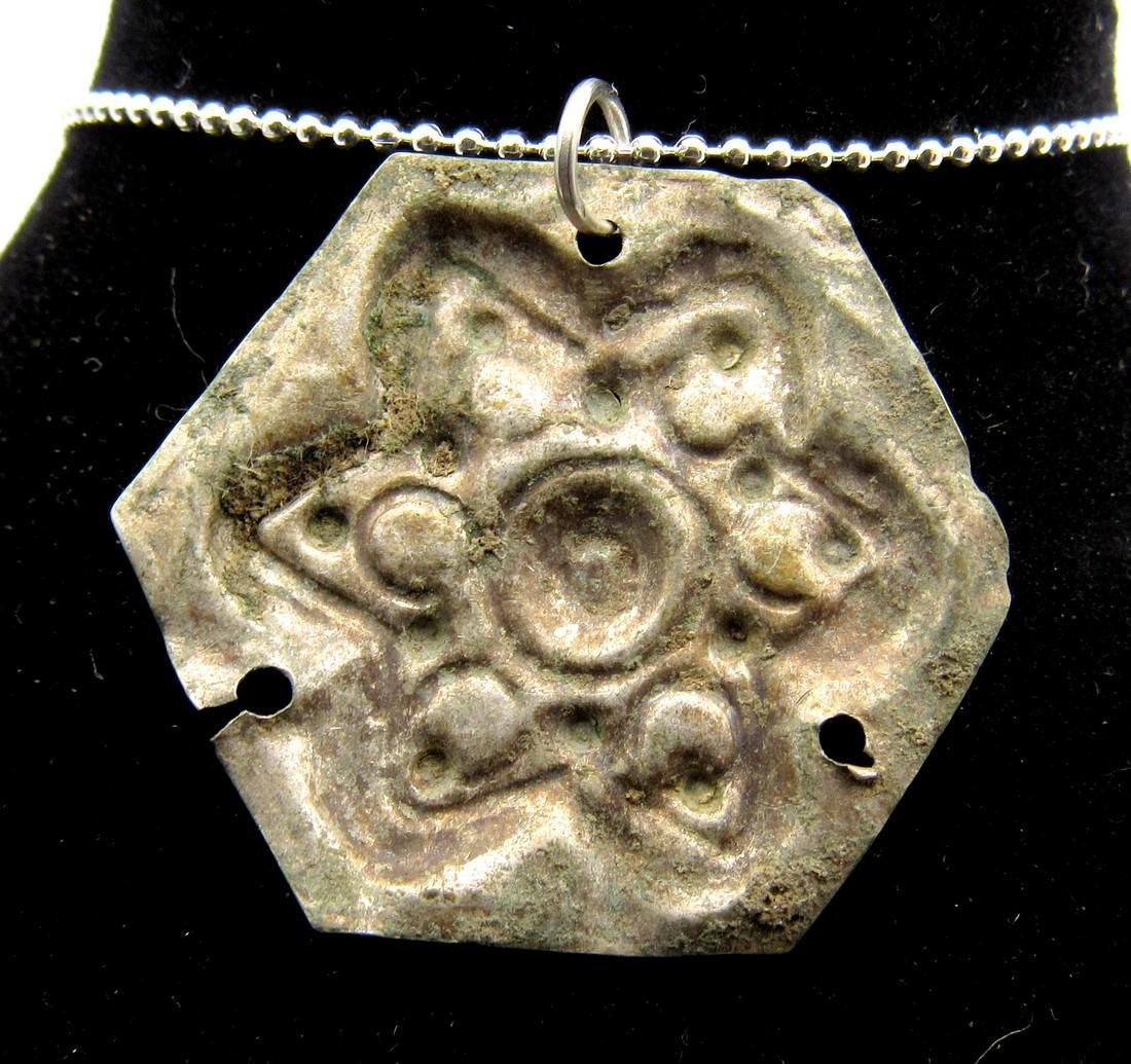 Late Medieval Silver Tudor Star of David Pendant - 2