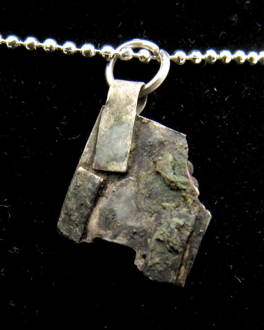 Late Medieval Silver Pendant with Green Glass - 2