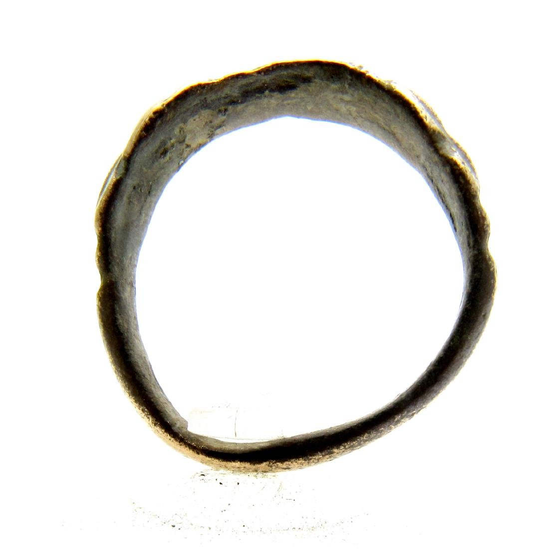 Ancient Roman Bronze Clasped Hands Ring - 3