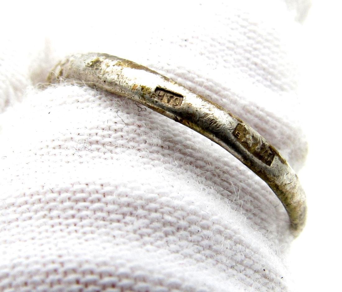 Post Medieval Silver Hallmarked Ring with Stones - 4