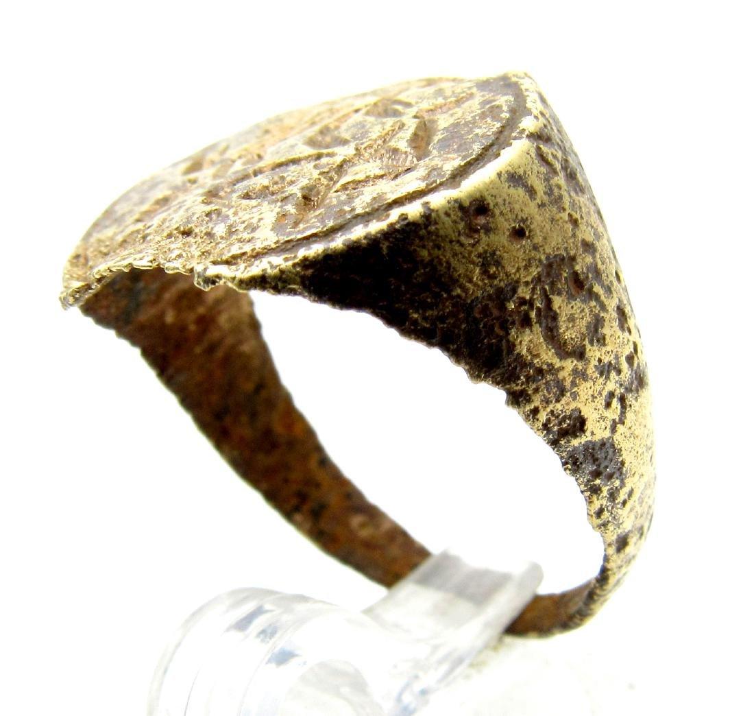 Medieval Bronze Decorated Heraldic Ring - 2
