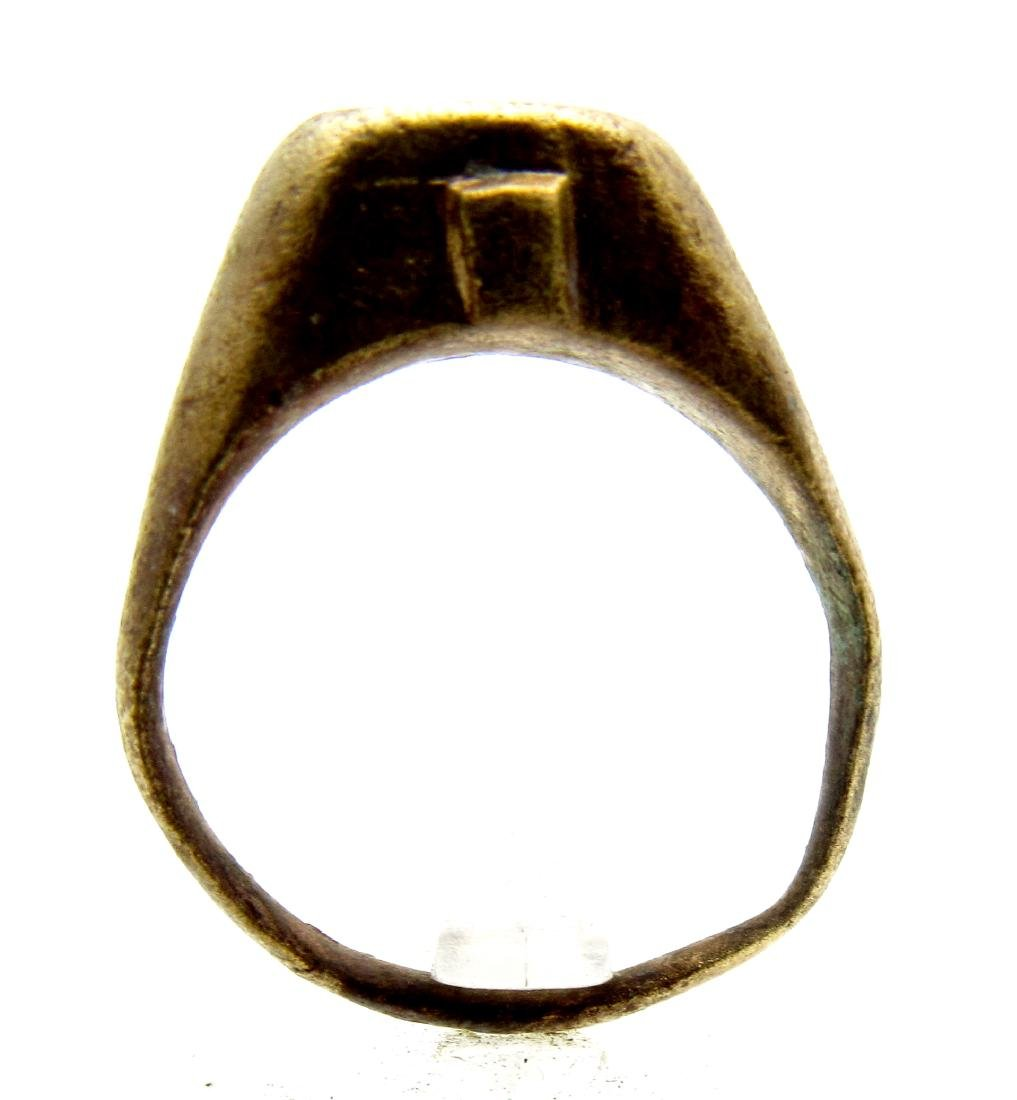 Ancient Roman Bronze Ring with Centaur on the Bezel - 4