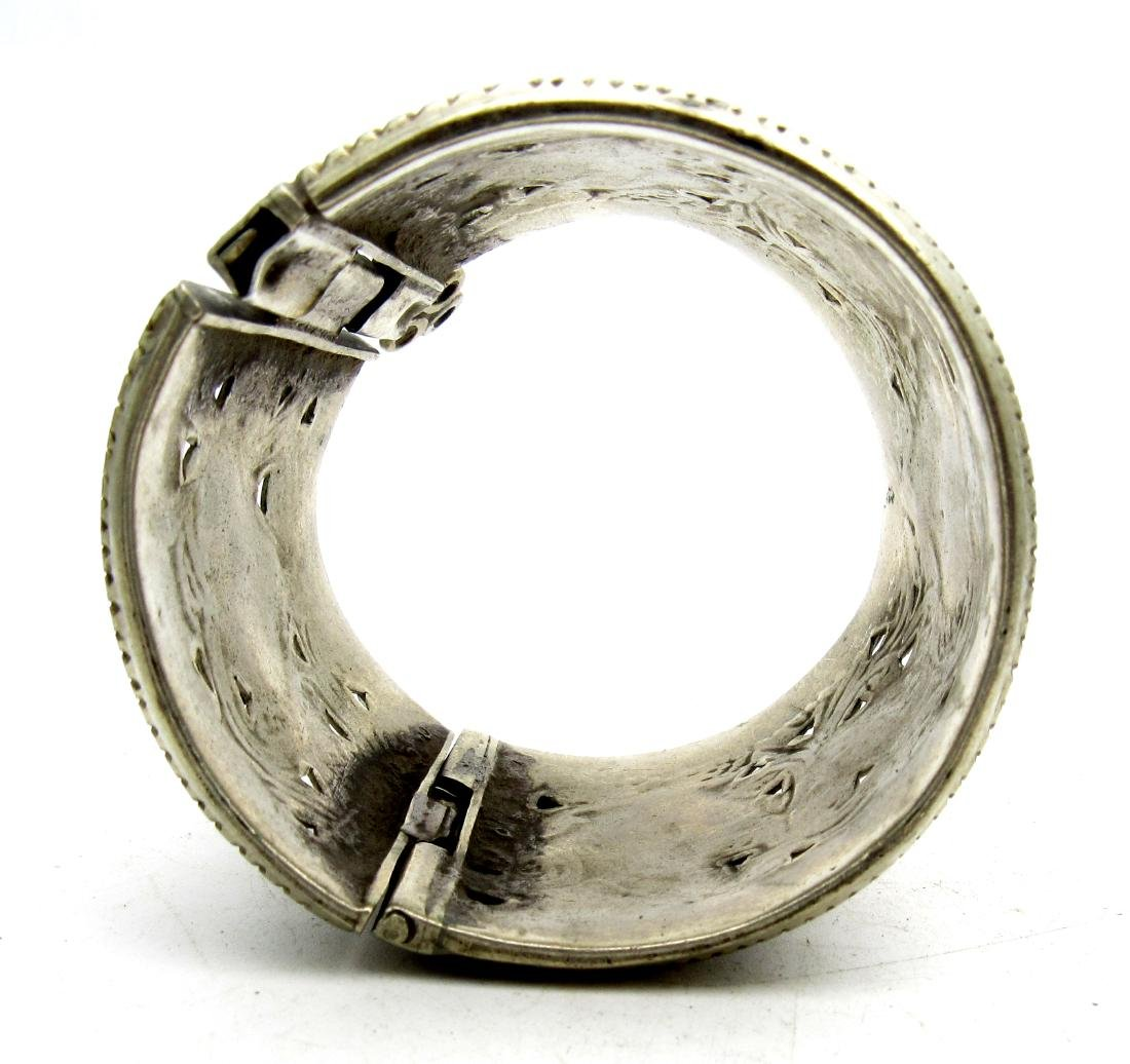 Superb Bedouin Yemeni Bracelet - 4