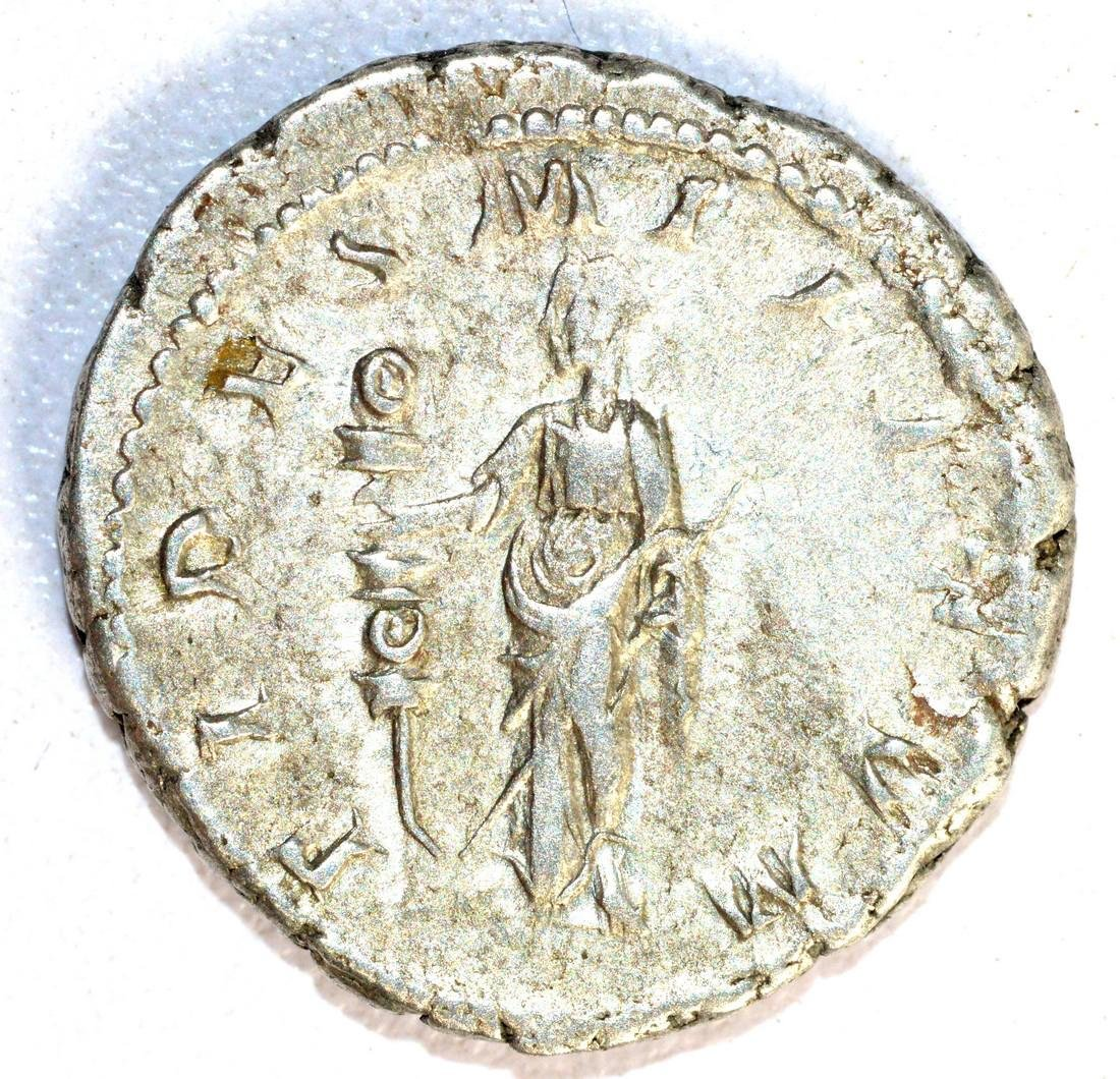 Gordian III Ar. Antoninianus rv. Fides Militum - 2