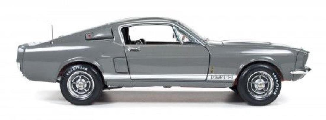 Auto World Scale 1:18 Shelby GT350 50 Anniversary 1967 - 2