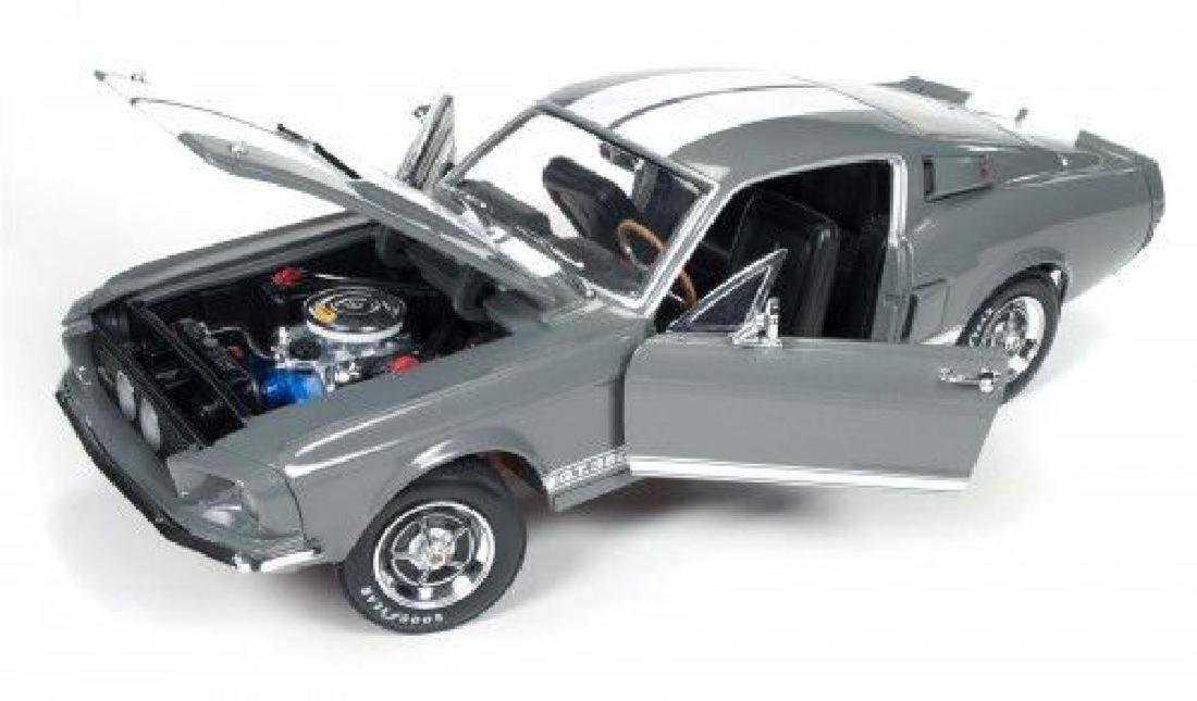 Auto World Scale 1:18 Shelby GT350 50 Anniversary 1967 - 6