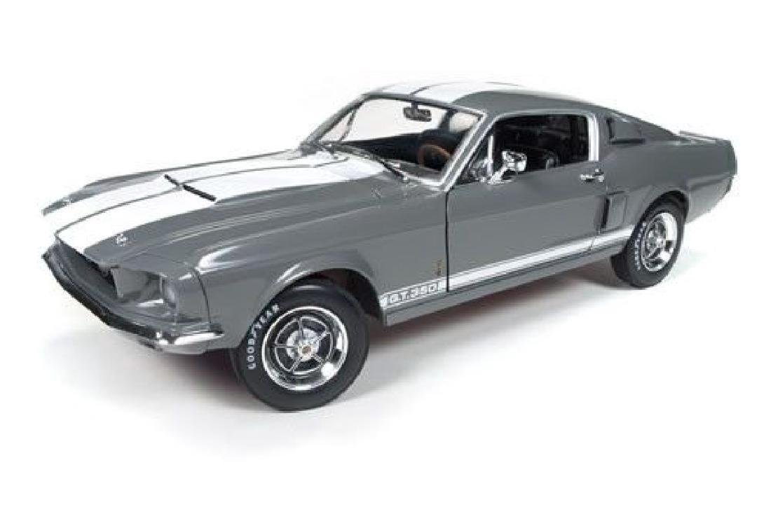 Auto World Scale 1:18 Shelby GT350 50 Anniversary 1967 - 8