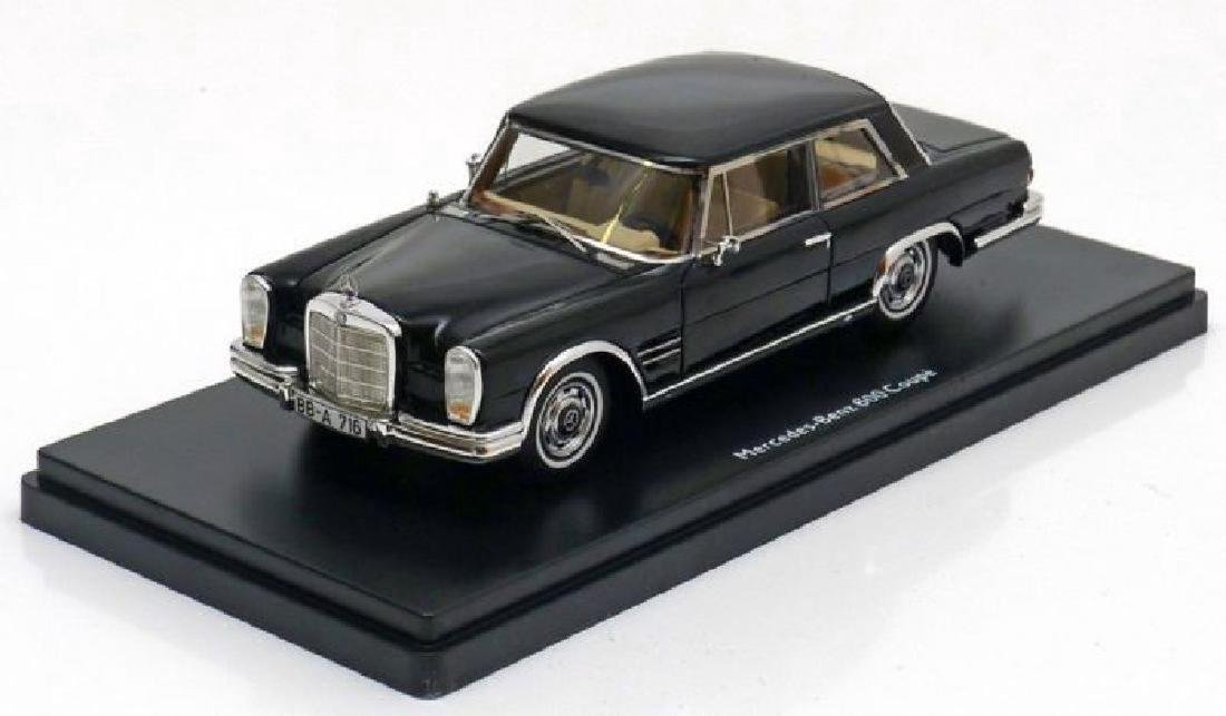Schuco PRO.R43 Scale 1:43 Mercedes-Benz 600 Coupé