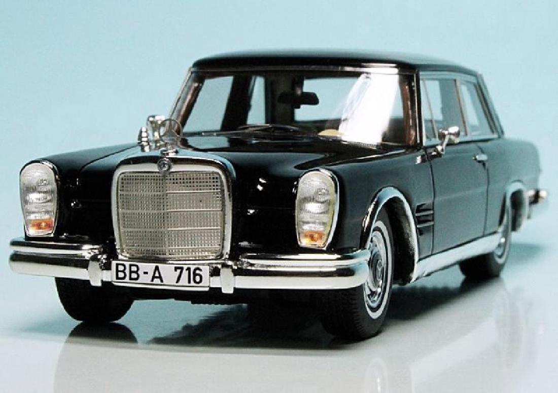 Schuco PRO.R43 Scale 1:43 Mercedes-Benz 600 Coupé - 2