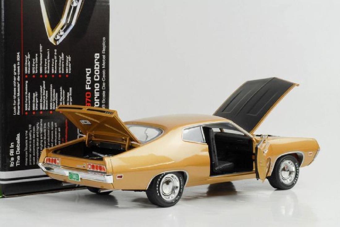 Auto World Scale 1:18 Ford Torino Cobra 1970 - 8