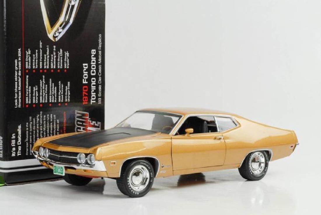 Auto World Scale 1:18 Ford Torino Cobra 1970