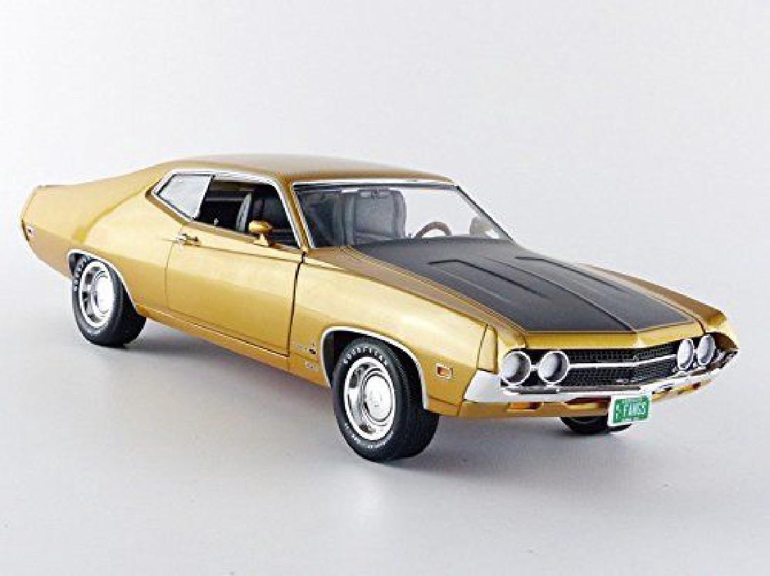 Auto World Scale 1:18 Ford Torino Cobra 1970 - 2