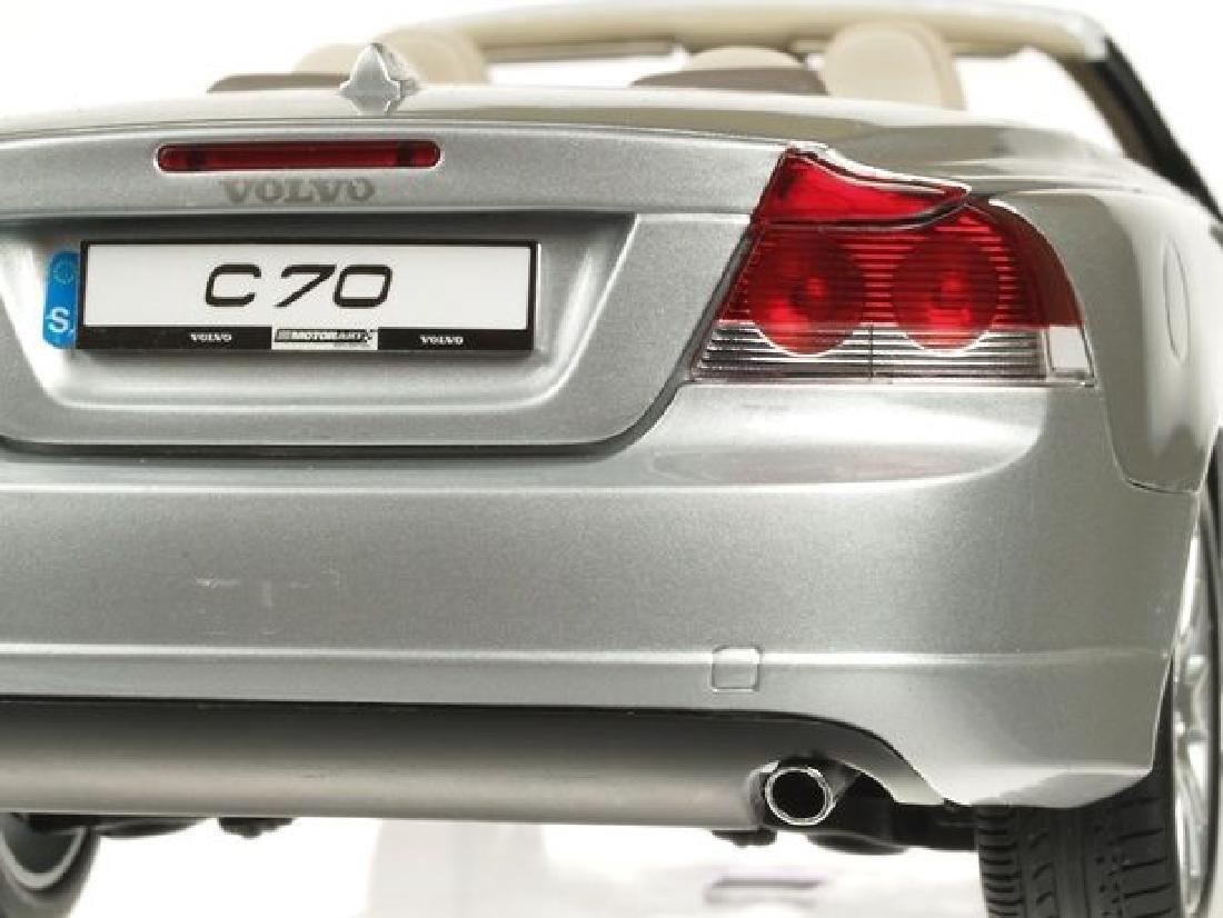 Motorart Scale 1:18 Volvo C70 - 8