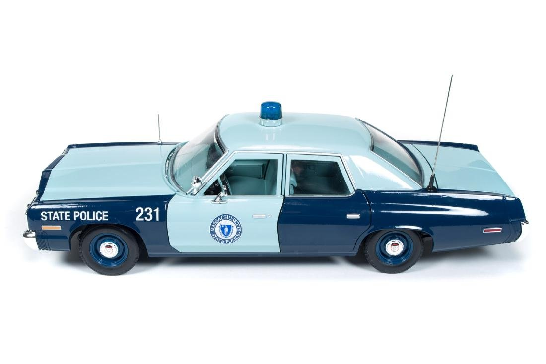 Auto World Scale 1:18 Dodge Monaco State Police 1974 - 9