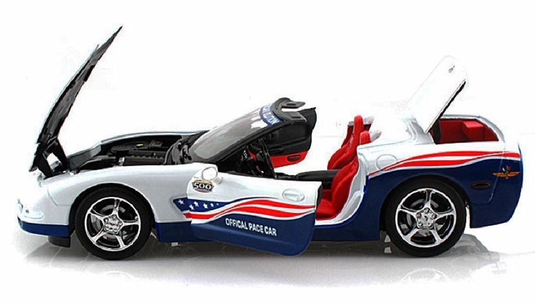 Auto World 1:18 Chevrolet Corvette Indy 500 Car 2004 - 3
