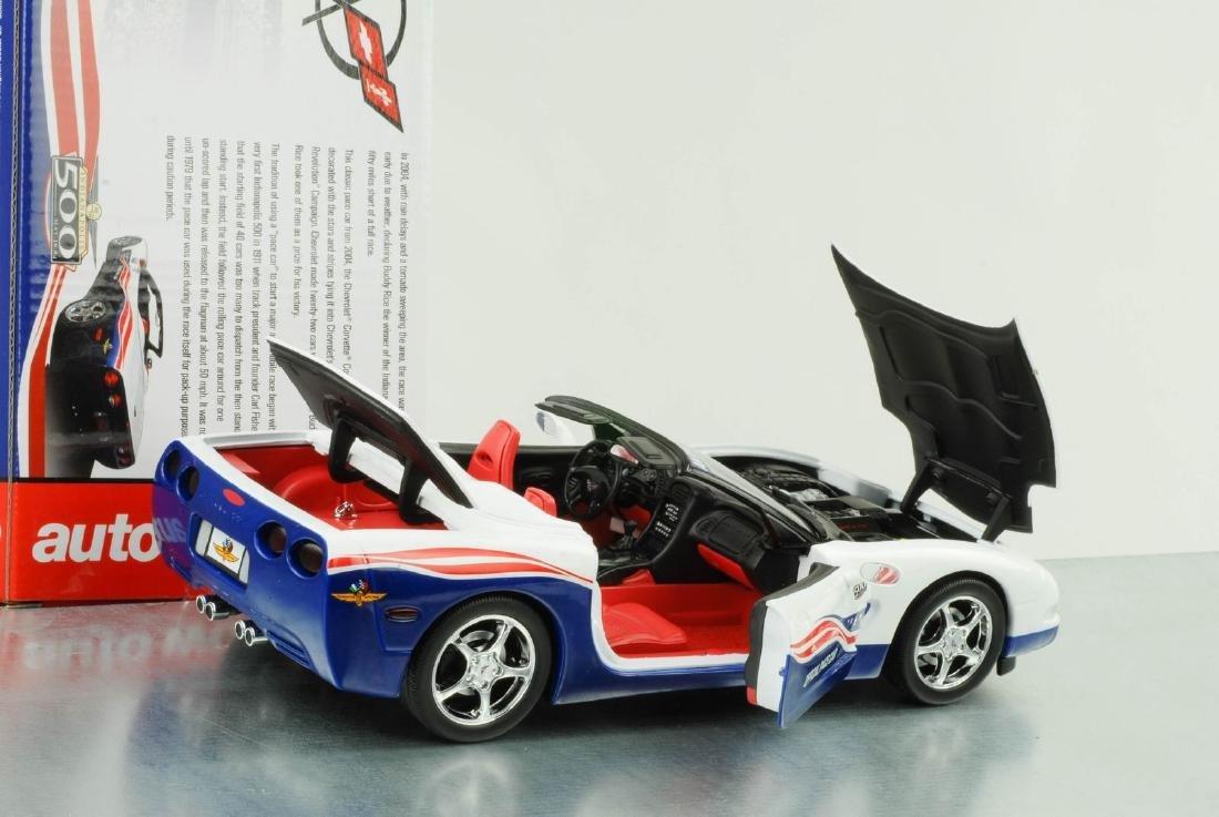Auto World 1:18 Chevrolet Corvette Indy 500 Car 2004 - 6