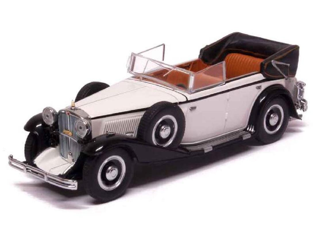 Minichamps Scale 1:43 Maybach Zeppelin DS8 1932 - 3