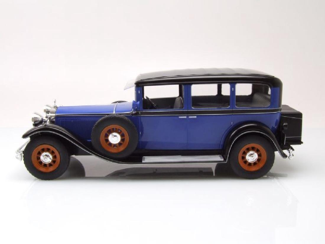 Modelcar Group Scale 1:18 Mercedes-Benz Nürburg 460/460 - 7