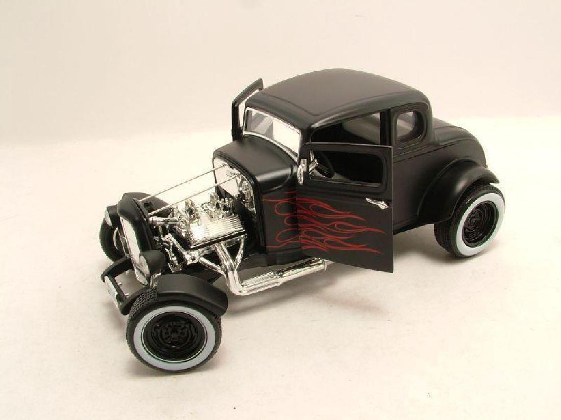 Motor Max Scale 1:18 Ford Hot Rod 1932 - 2