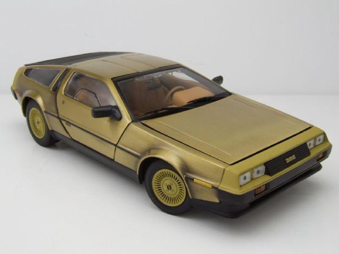 Sun Star Scale 1:18 DeLorean Gold Edition 1981 - 2