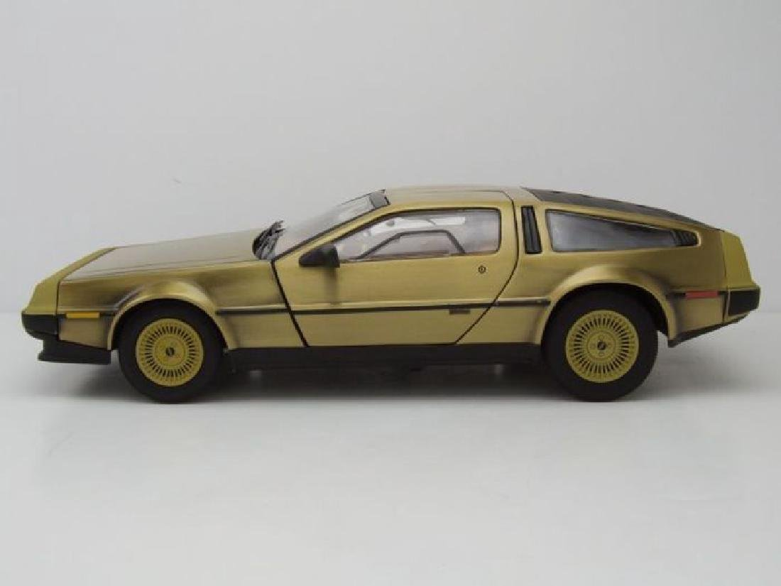 Sun Star Scale 1:18 DeLorean Gold Edition 1981 - 5