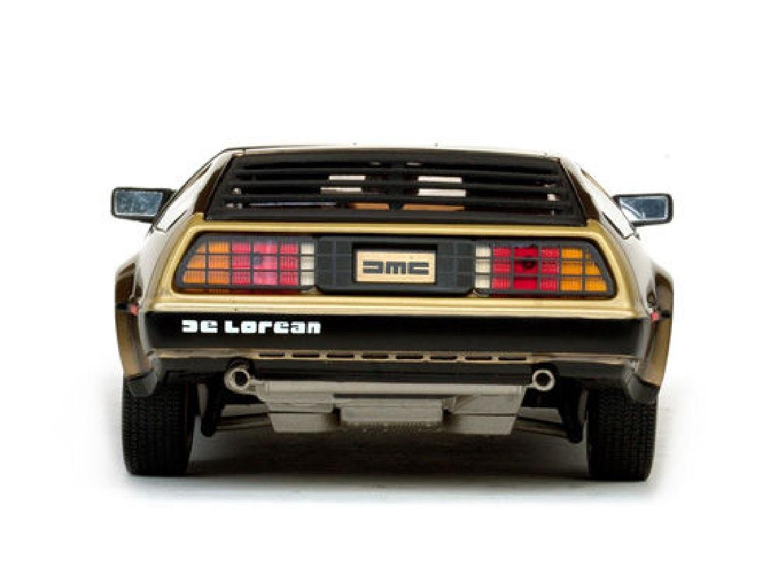 Sun Star Scale 1:18 DeLorean Gold Edition 1981 - 8