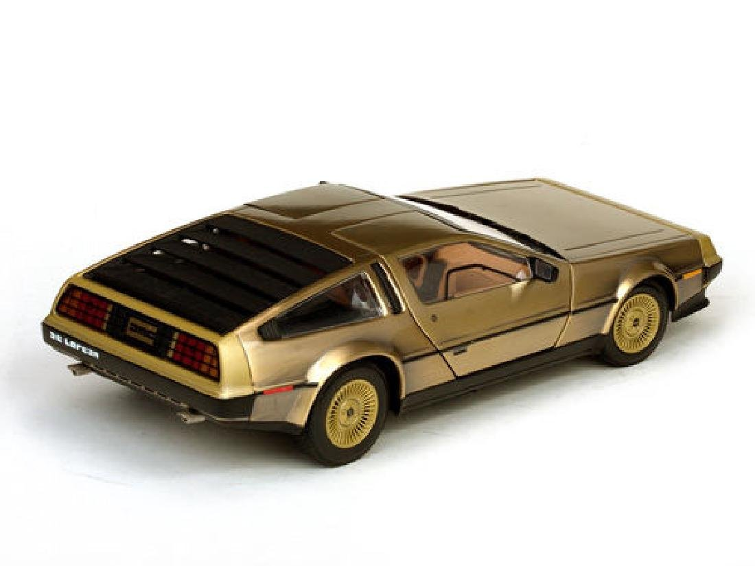 Sun Star Scale 1:18 DeLorean Gold Edition 1981 - 9