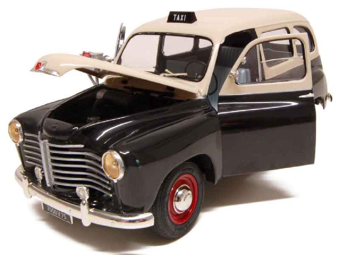 Solido Scale 1:18 Renault Colorale Taxi 1953 - 3