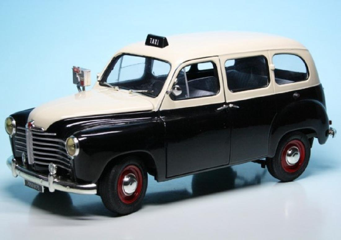 Solido Scale 1:18 Renault Colorale Taxi 1953 - 4