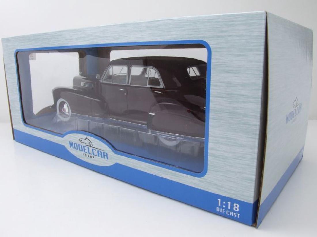 Modelcar Group 1:18 Cadillac Fleetwood Series 60 1941 - 10