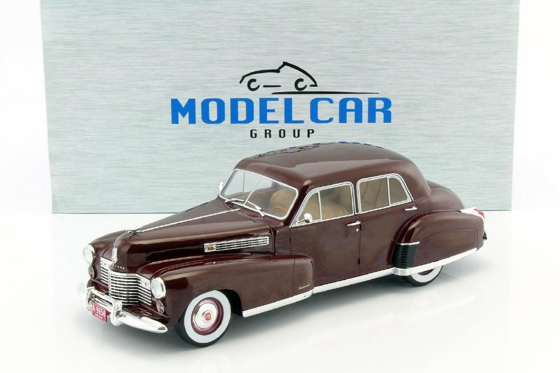 Modelcar Group 1:18 Cadillac Fleetwood Series 60 1941