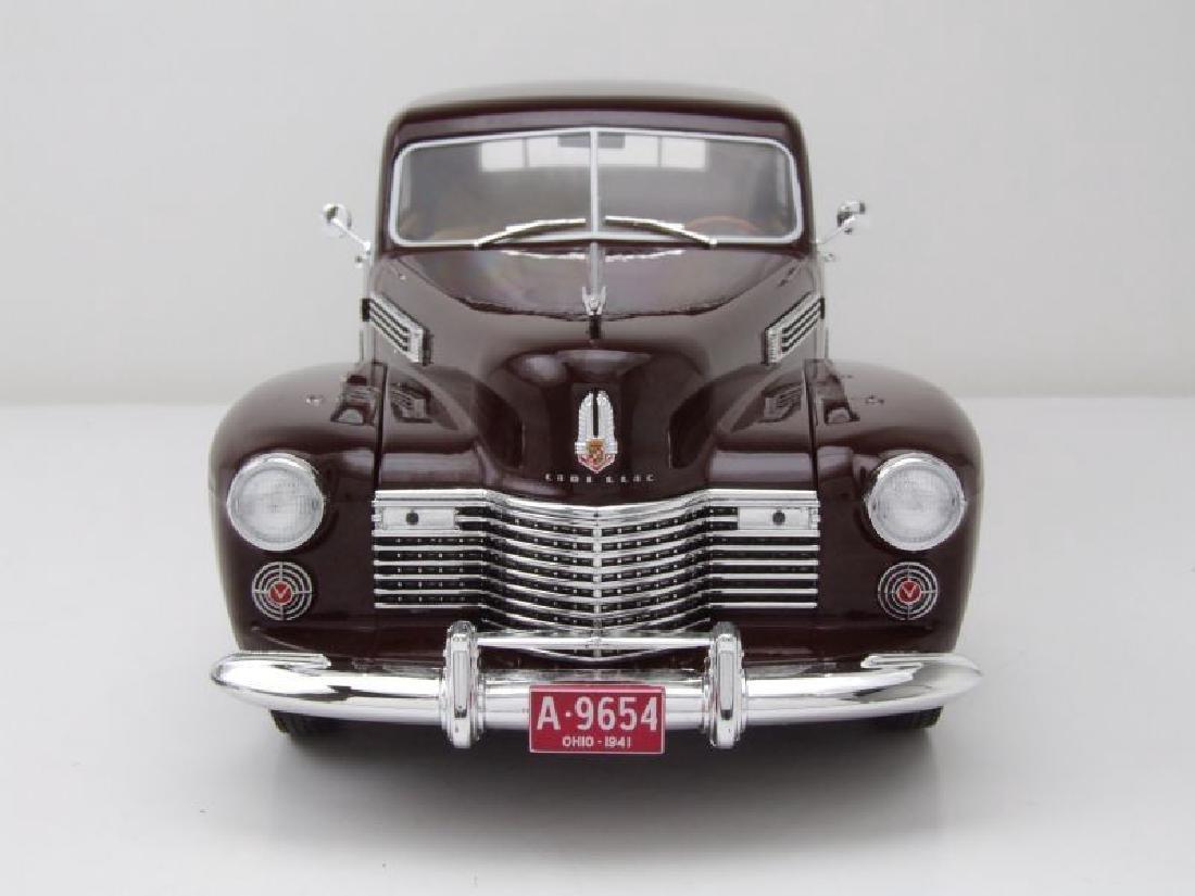 Modelcar Group 1:18 Cadillac Fleetwood Series 60 1941 - 3