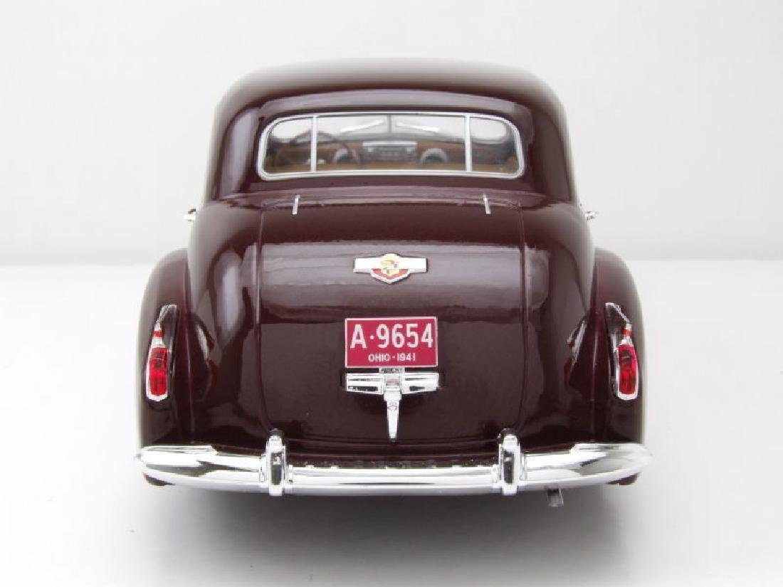 Modelcar Group 1:18 Cadillac Fleetwood Series 60 1941 - 6