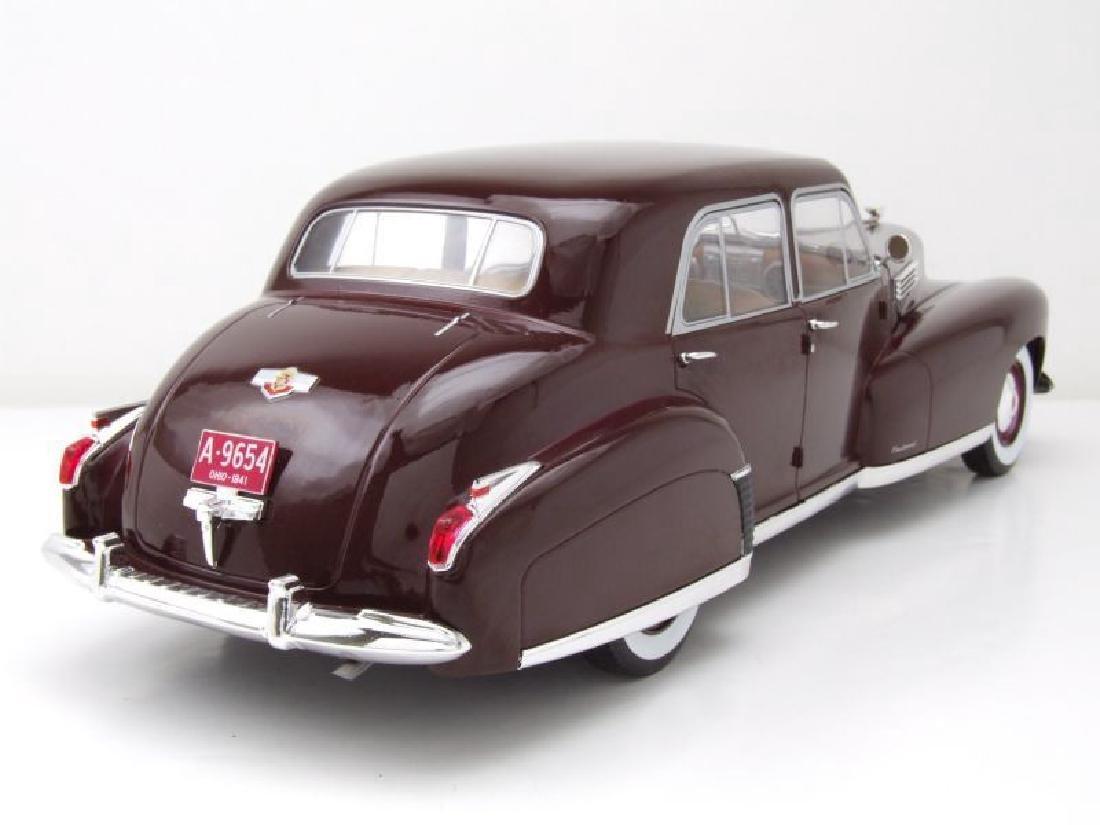 Modelcar Group 1:18 Cadillac Fleetwood Series 60 1941 - 7