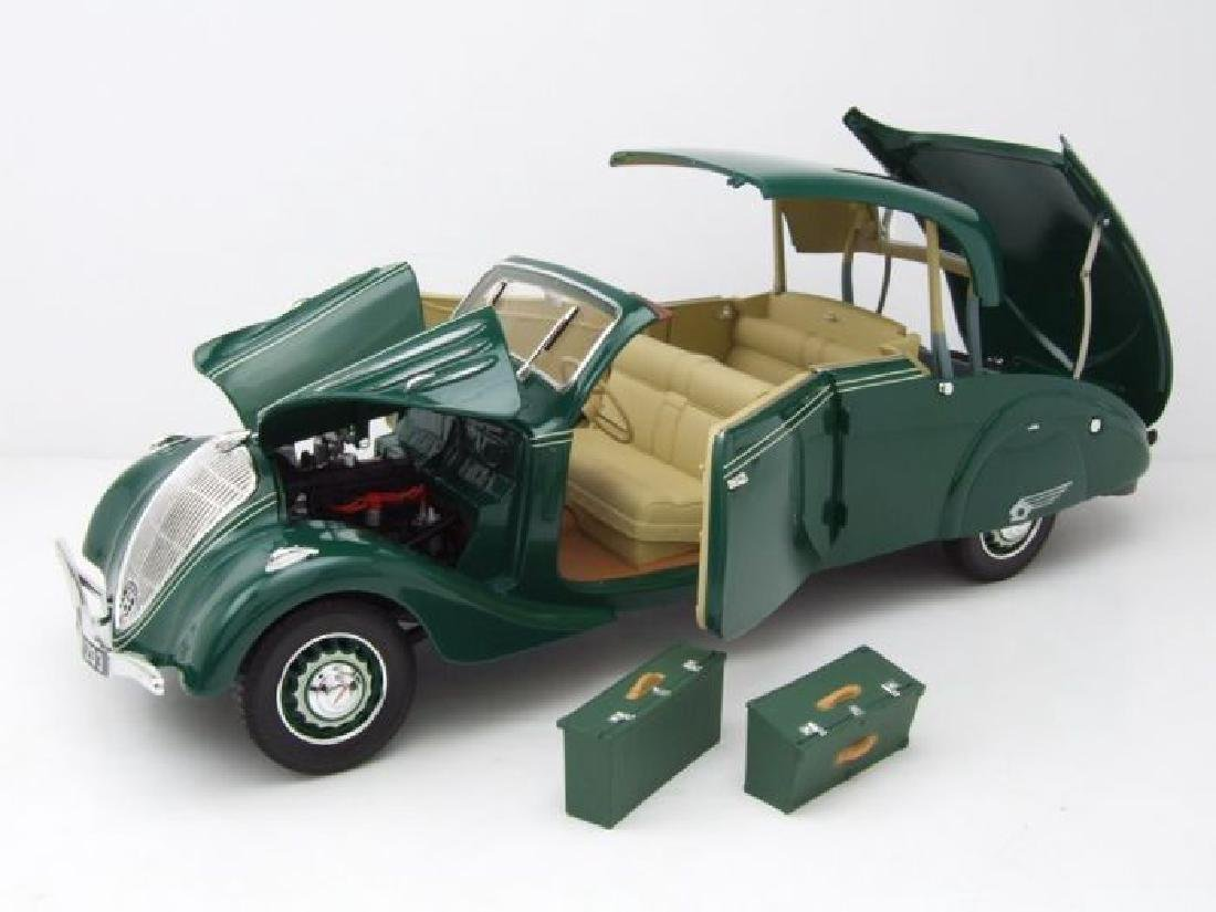 Norev Scale 1:18 Peugeot 402 Eclipse 1937