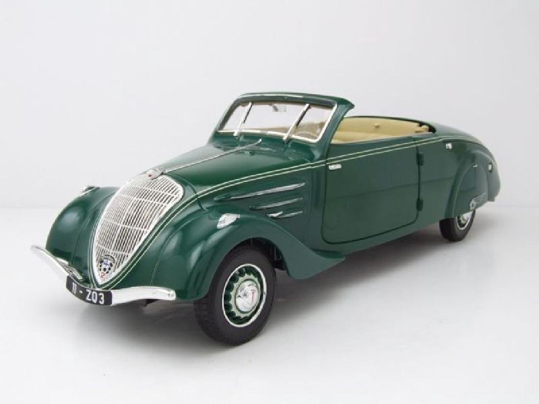 Norev Scale 1:18 Peugeot 402 Eclipse 1937 - 4