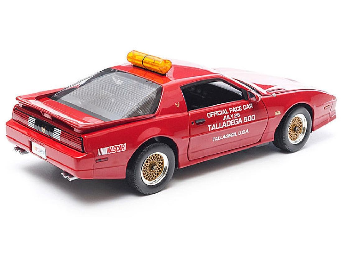 Greenlight 1:18 Pontiac GTA Talladega 500 Pace Car 1987 - 8