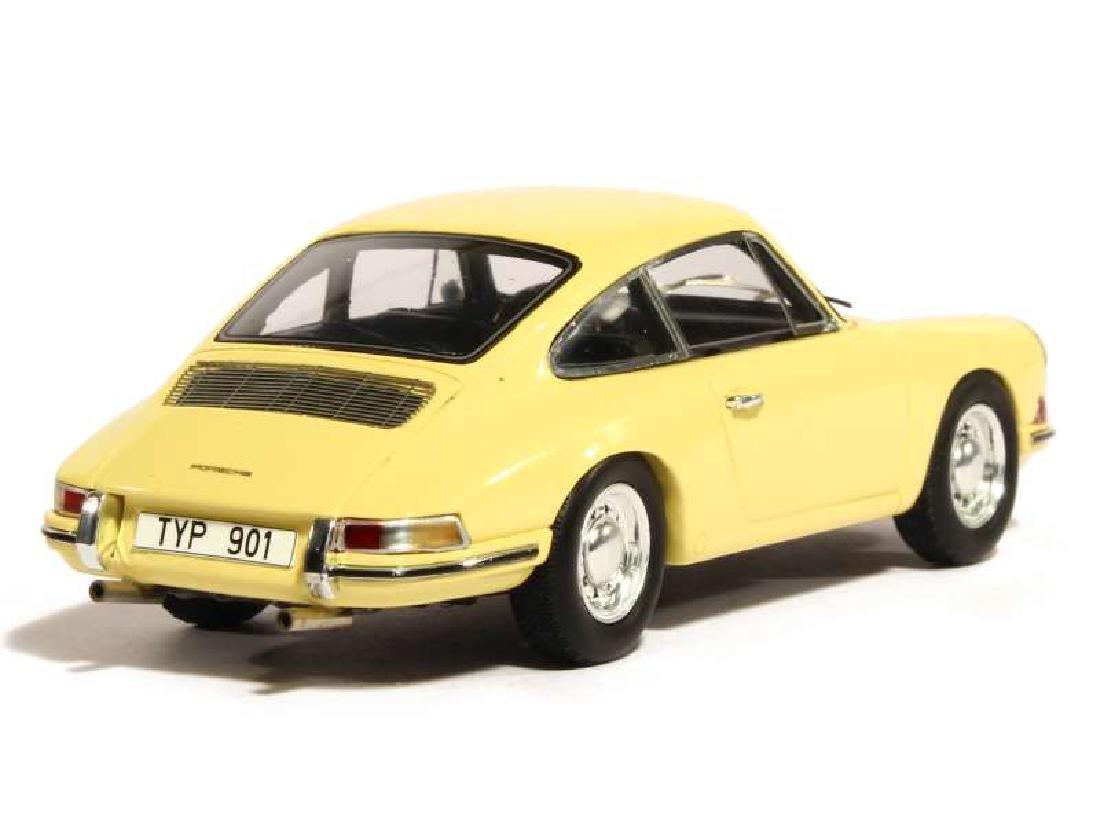 Spark Scale 1:43 Porsche 901 Prototype - 9