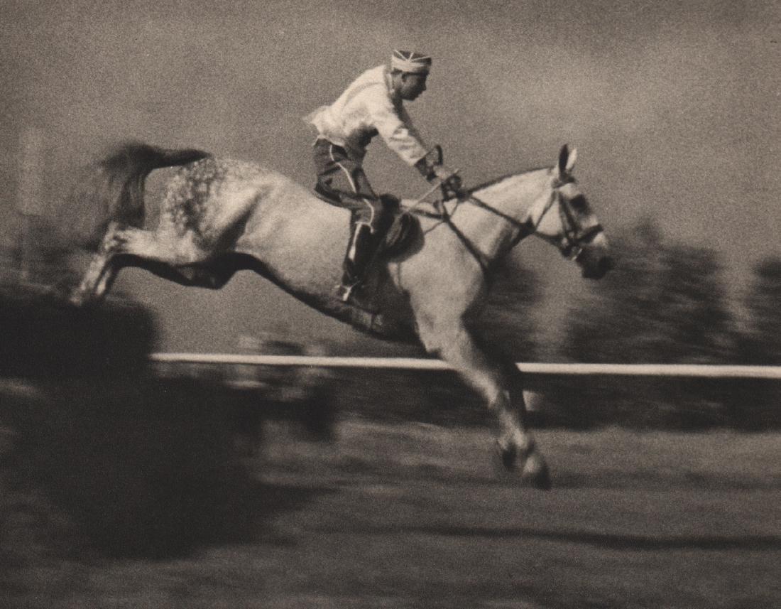 LENI RIEFENSTAHL - Horse Jumping
