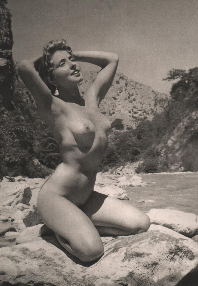 G. VALLEE - Nude