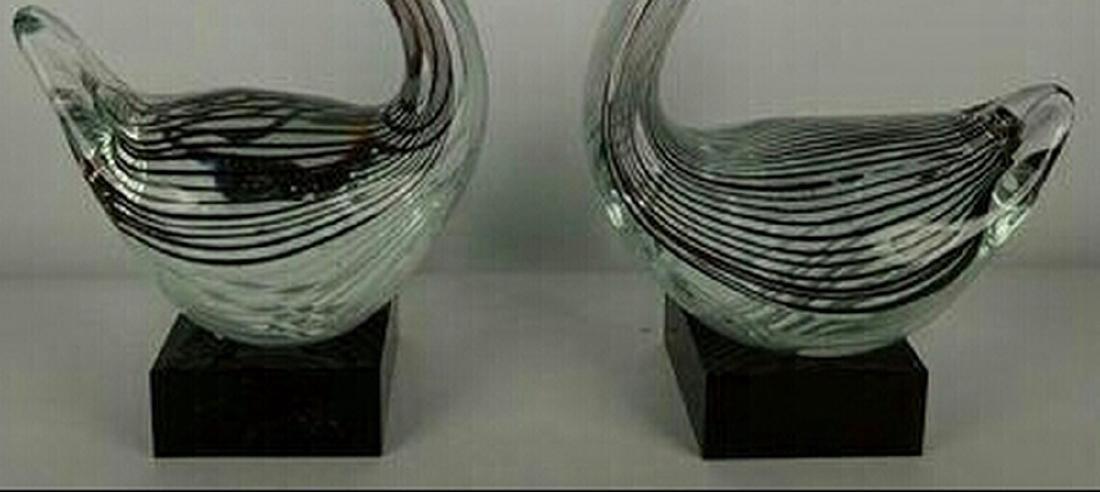 Murano Black/White Glass Pair of Swan Sculptures - 2