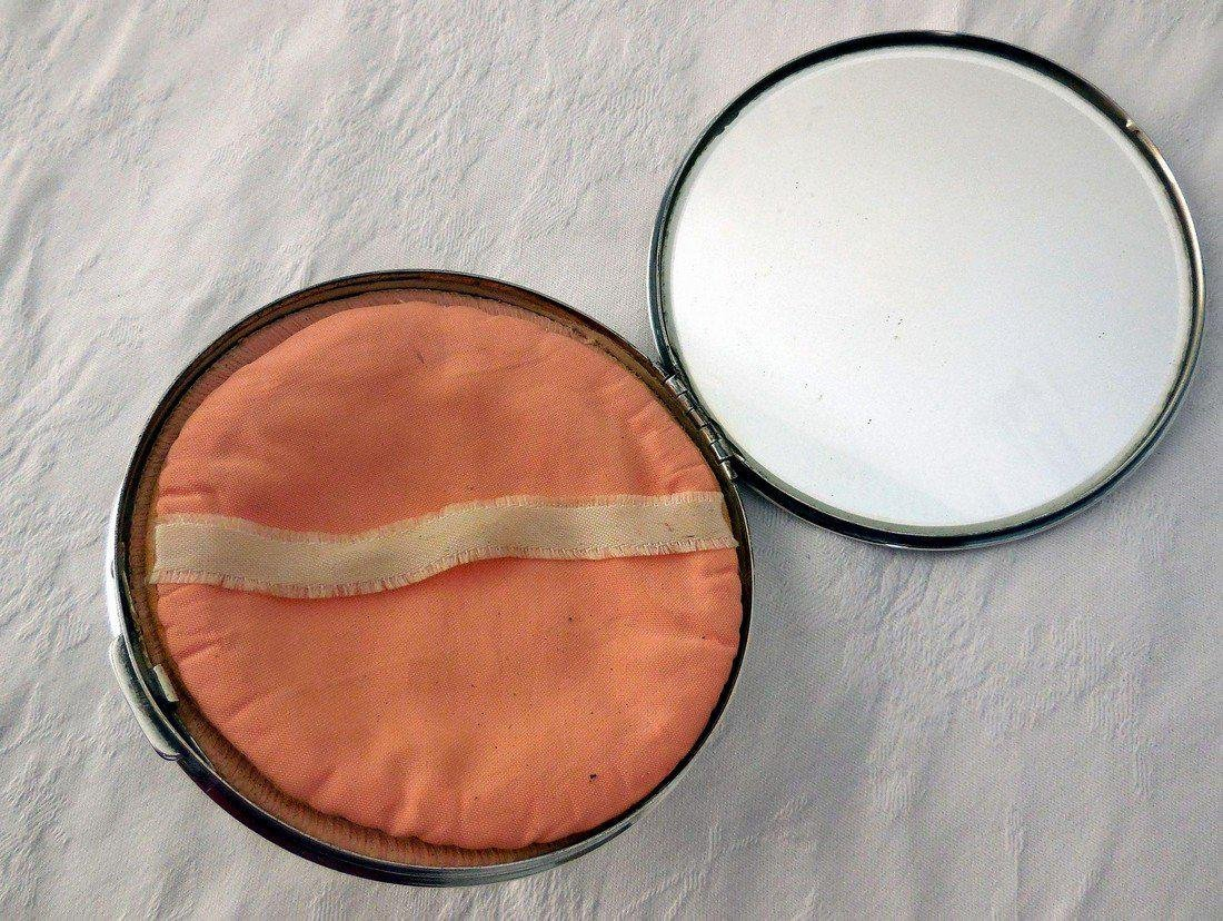 Vintage Art Deco Sterling Silver Compact - 7