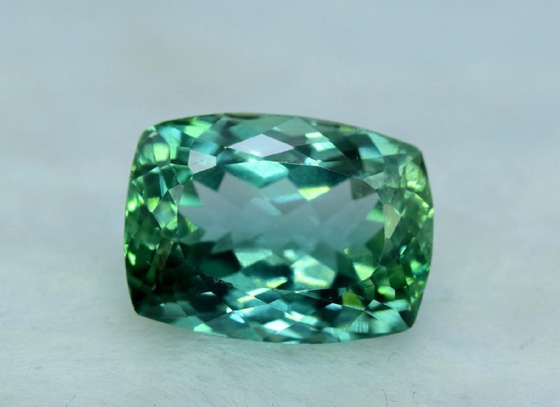 15.05 Carat Flawless Lush Green Kunzite Loose Gemstone