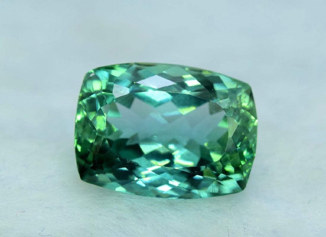 15.05 Carat Flawless Lush Green Kunzite Loose Gemstone - 5