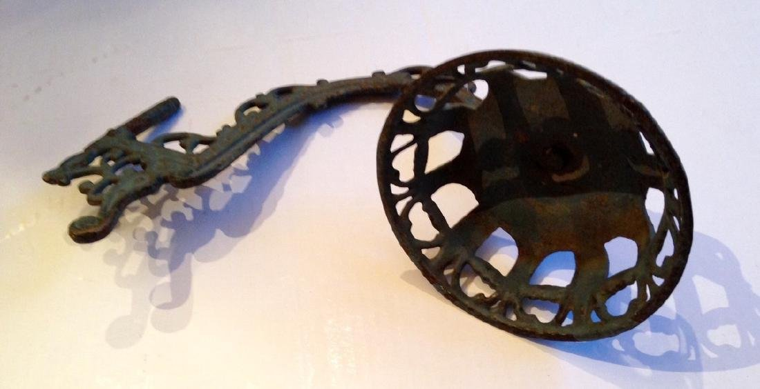 19th Century Victorian Lamp Holder Cast Iron - 5