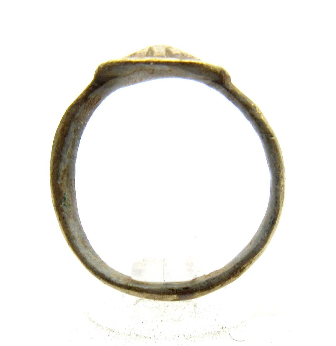 Ancient Roman Bronze Pyramid Ring - 3