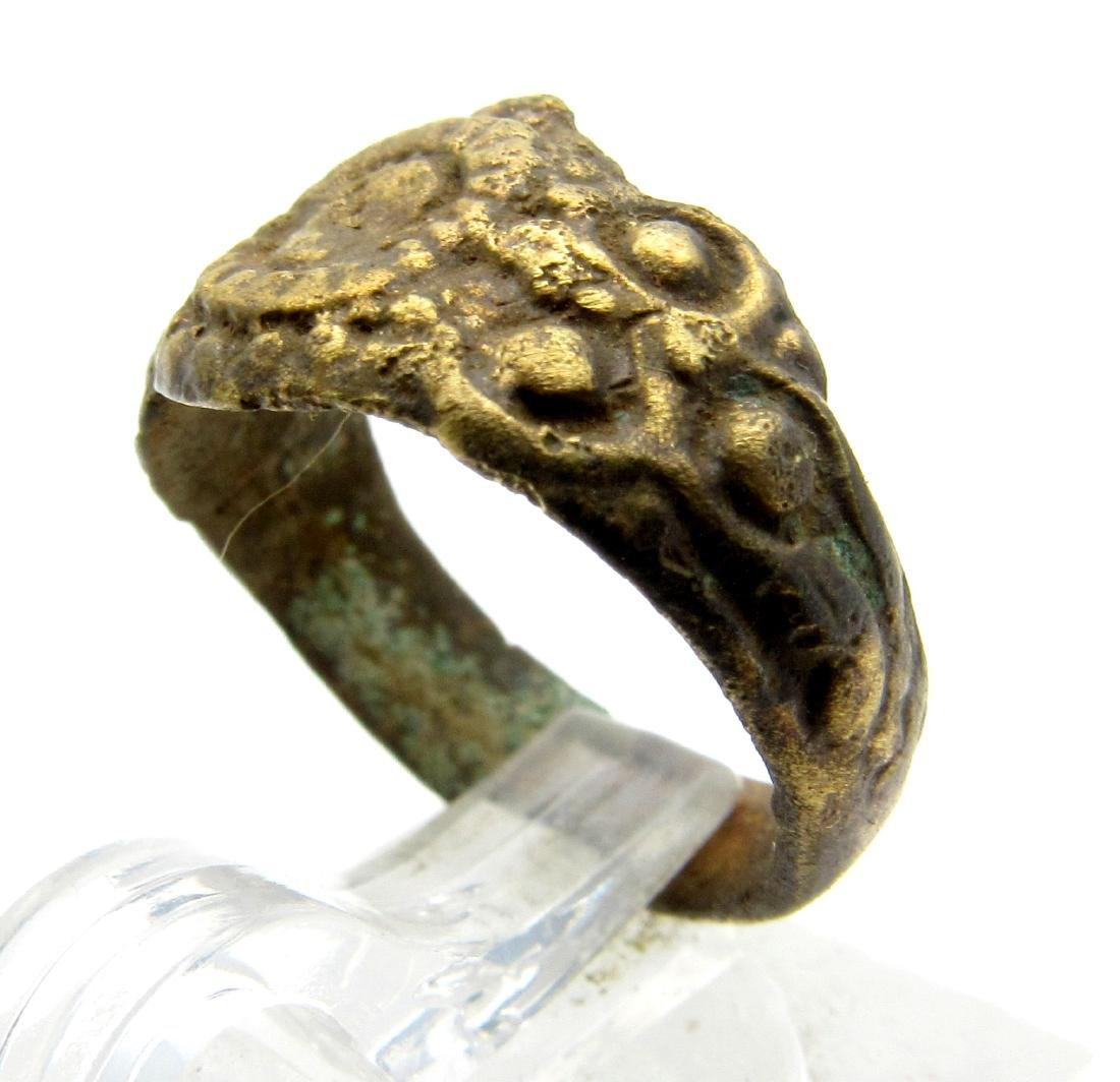 Late Medieval Tudor Bronze Floral Ring - 2