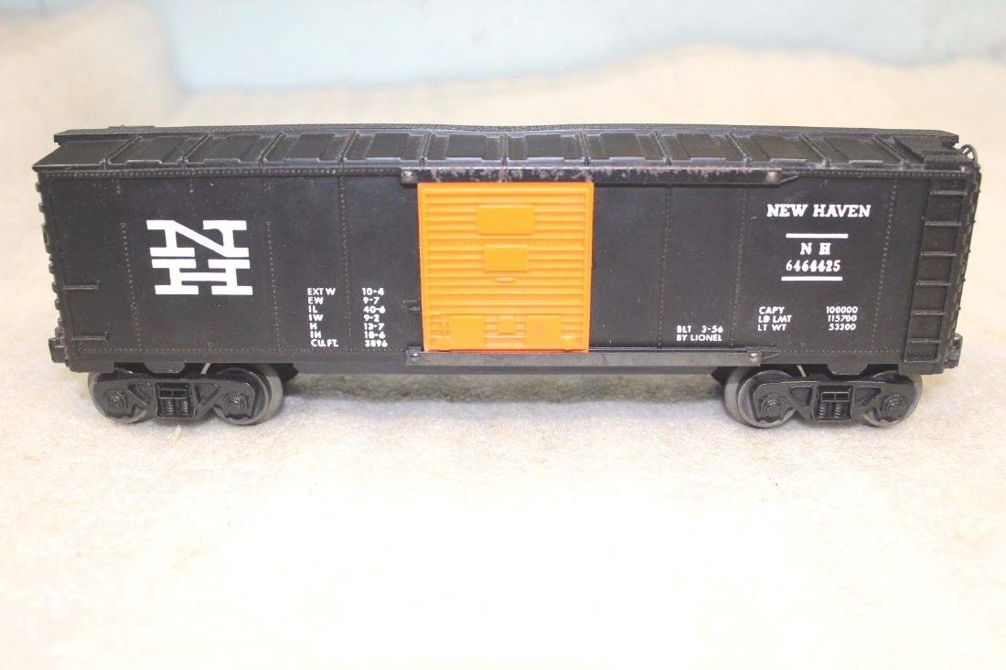 Lionel Postwar 6464-425 NH New Haven Black Boxcar