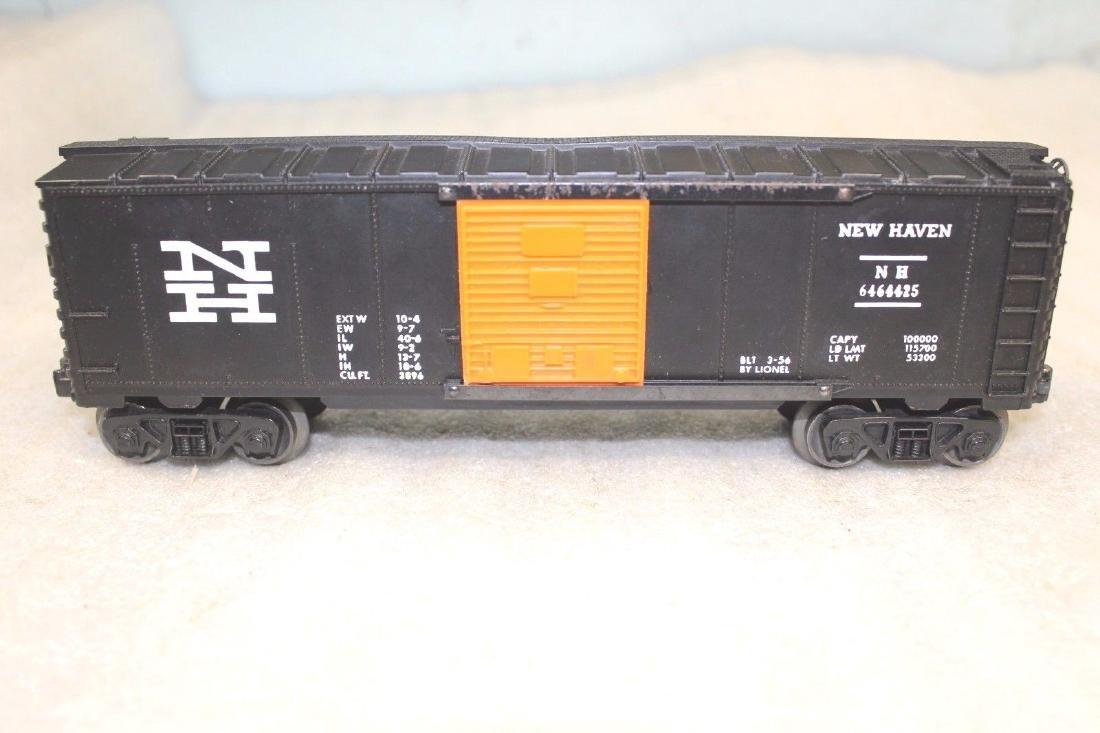 Lionel Postwar 6464-425 NH New Haven Black Boxcar